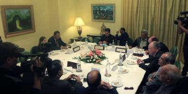 """اجتماع تشاوري حول إمكانية دعم مرشح موحد يمثل """"العائلة الديمقراطية الاجتماعية"""""""