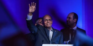 المرزوقي لشباب تونس: الانتخابات الرئاسية فرصتكم التاريخية لمنع عودة الاستبداد