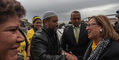 يوم حملة انتخابية مع المرشحة للرئاسة كلثوم كانو