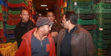 إفتتاح الحملة الإنتخابية الرئاسية لسليم الرياحي بزيارة سوق الجملة ببئر القصعة