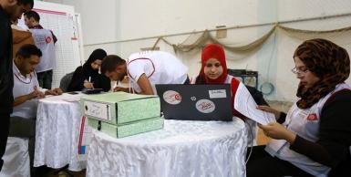 استمرار عمليات فرز الأصوات الانتخابات الرئاسية  بالقاعة الأولمبية بولاية سوسة.