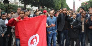 شارع الحبيب بورقيبة : وقفة مساندة للمترشح المستقل المنصف المرزوقي