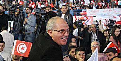 سياسيون و مناضلون يساندون المرزوقي في إجتماع القبة