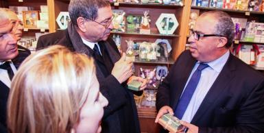 رئيس الحكومة الحبيب الصيد في زيارة لأسواق المدينة العتيقة