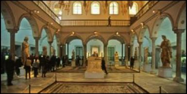 أولى صور للرهائن المُحتجزين في متحف باردو